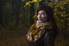 Free Woman Wearing Brown And White Scarf Surrounded By Trees At Daytime Royalty Free Stock Image - 83064756