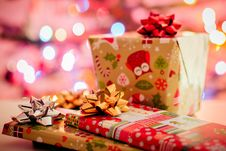 Free Christmas Gifts Royalty Free Stock Images - 83064779