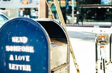 Free Mailbox With Graphics Stock Images - 83065004