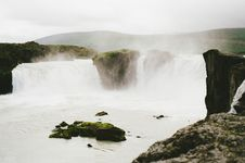 Free Waterfalls On River Royalty Free Stock Images - 83065009
