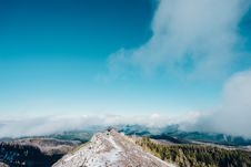 Free Hiker On Mountain Summit Royalty Free Stock Images - 83065079