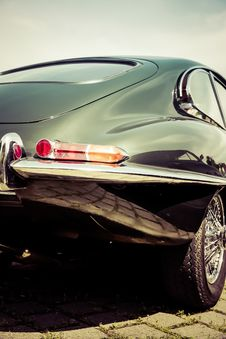 Free Back Of Classic Automobile Royalty Free Stock Images - 83065599