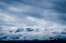 Free Snow Covered Mountain Covered By Sea Of Clouds Stock Image - 83065681