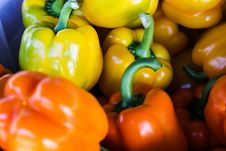 Free Orange Bell Pepper Near Yellow Bell Pepper Royalty Free Stock Photo - 83065965
