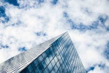 Free Low Angle Photography Of Glass Building Under White Clouds And Blue Sky During Daytime Stock Images - 83066844