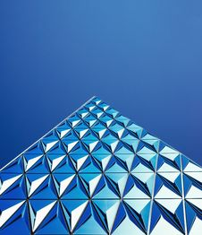 Free Abstract Modern Blue Building Royalty Free Stock Photography - 83067427