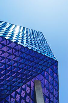 Free Geometric Patterned Blue Building Royalty Free Stock Images - 83067429