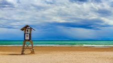Free Landscape Photo Of Life Guard House Near Sea Under White Cloudy Blue Sky At Daytime Stock Images - 83074404