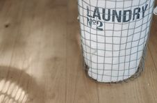 Free Grey Metal Mesh Cylindrical Container On Brown Wooden Surface Stock Photography - 83074552