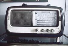 Free Vintage Radio Stock Images - 83075264