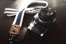 Free Vintage Olympus Camera Royalty Free Stock Photo - 83075285
