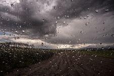 Free Rain Drops On Window Royalty Free Stock Photos - 83075368