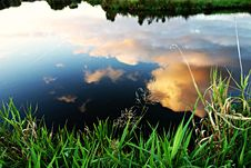 Free Reflection Of White Clouds On Pond Royalty Free Stock Images - 83075519