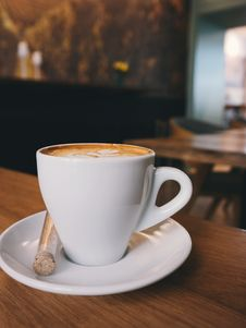 Free White Ceramic Cup On White Ceramic Saucer With White Espresso Coffe Stock Images - 83075844