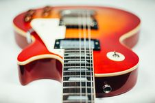 Free Brown And Orange Electric Guitar Stock Photo - 83076010