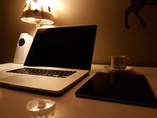 Free Silver And Black Laptop Royalty Free Stock Photos - 83076208