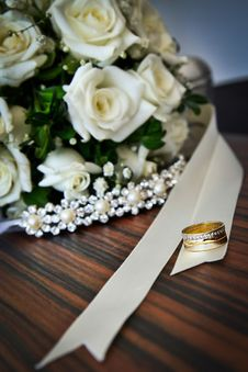 Free Wedding Bouquet And Rings Stock Photography - 83076432