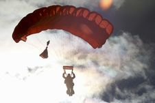 Free Parachuting Royalty Free Stock Photography - 83077247