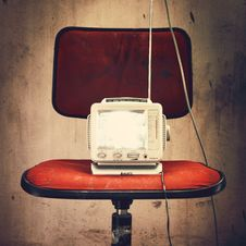 Free Old Fashioned TV Stock Images - 83077264