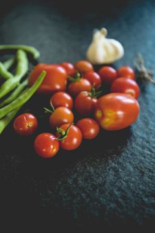 Free Orange Tomatoes In Shallow Focus Photography Royalty Free Stock Image - 83077486