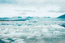 Free Thawing Glacier In Iceland Royalty Free Stock Images - 83078079