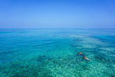 Free People Snorkeling In Crystla Blue Water Stock Photos - 83078093