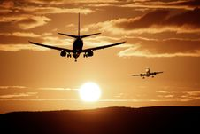Free Silhouette Of Airplanes Royalty Free Stock Photography - 83078107