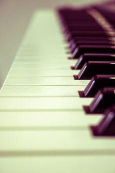 Free Piano Keys Stock Photography - 83078262