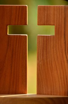Free 2 Brown Wooden Boards Forming Cross Royalty Free Stock Photo - 83078645