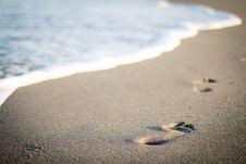 Free Footprints On The Beach Stock Photo - 83086800