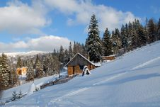 Free House In Carpathians In The Winter Royalty Free Stock Image - 8311026