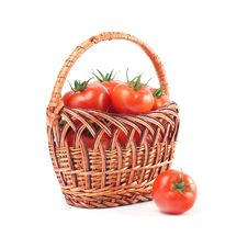 Free Red Tomatoes In A Basket Royalty Free Stock Photos - 8311708