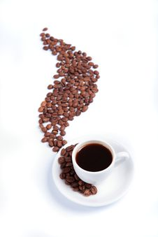White Cup With Fragrant Coffees And Coffee Beans Royalty Free Stock Image
