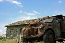 Free Old Rusty Truck Royalty Free Stock Image - 8322666