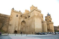 Free Olite Castle Front Royalty Free Stock Photography - 8326477