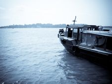 Free Fishing Boat Royalty Free Stock Images - 8327439
