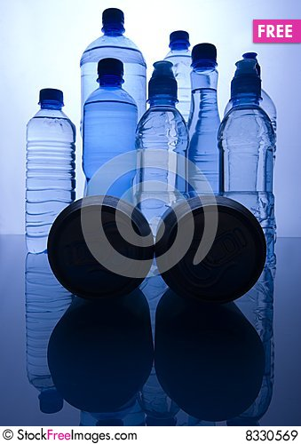 Free Bottles Of Water Royalty Free Stock Images - 8330569