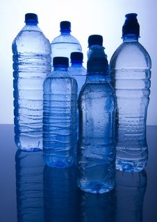 Free Mineral Water Royalty Free Stock Photos - 8330008