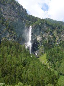 Free Waterfall Stock Photos - 8331663