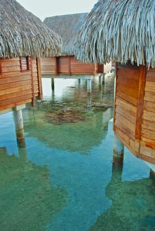 Free Over Water Bungalow Stock Photos - 8331703