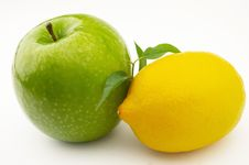 Free Apple And Lemon Stock Photography - 8334882