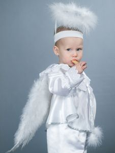 Free Baby Angel Royalty Free Stock Photography - 8335157