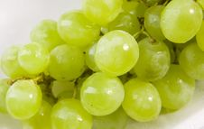 Free White Grapes Royalty Free Stock Photo - 8337015