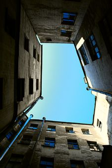 Court Yard-well Royalty Free Stock Image