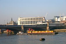 Free Barge On River Thames Stock Photos - 8337773