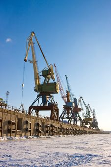 Free Port Cranes. Royalty Free Stock Images - 8339939