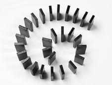 Free Circle Formation, Domino Royalty Free Stock Photos - 8340548
