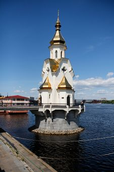 Free St Nicholas On The Water Church Royalty Free Stock Photos - 8345808
