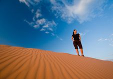 Free Woman At Coral Pink Sand Dunes Stock Images - 8358104
