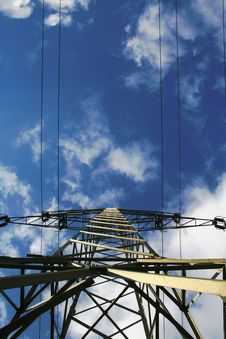 Free Electricity Pylon Royalty Free Stock Images - 8358829
